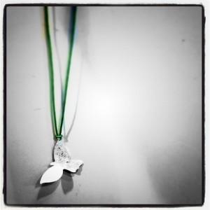 シルバーアクセサリー鳥ネックレス