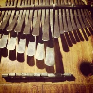 親指ピアノ、ムビラ