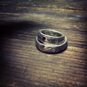 ダイヤとハートのリング