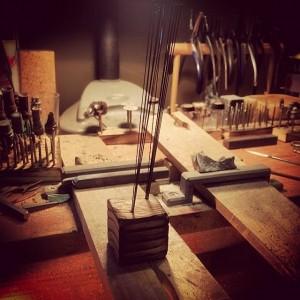 糸鋸刃立てを作りました