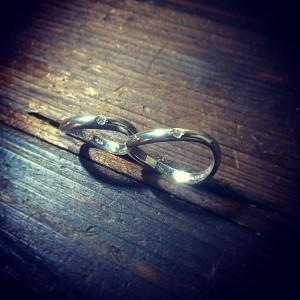 2人をつなぐ指輪