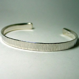 hammer stripe bangle [narrow]