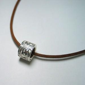 純銀手彫りビーズネックレス1