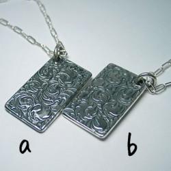 純銀手彫り唐草変形プレートネックレス2