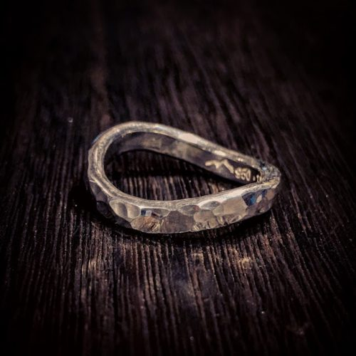 eternal wave ring [鎚目]