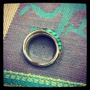 指輪を中に入れてサイズ直しします