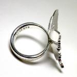 美しい蝶の指輪
