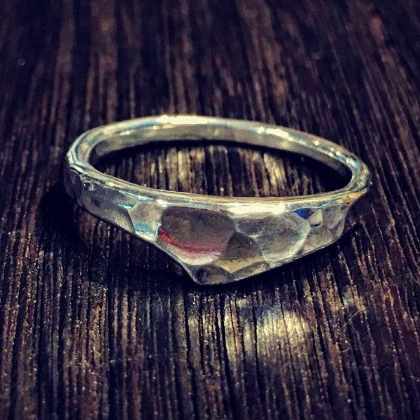 intonation ring [鎚目]