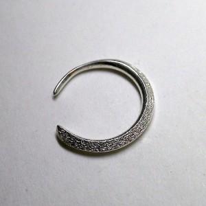 stone hoop pierce [△]